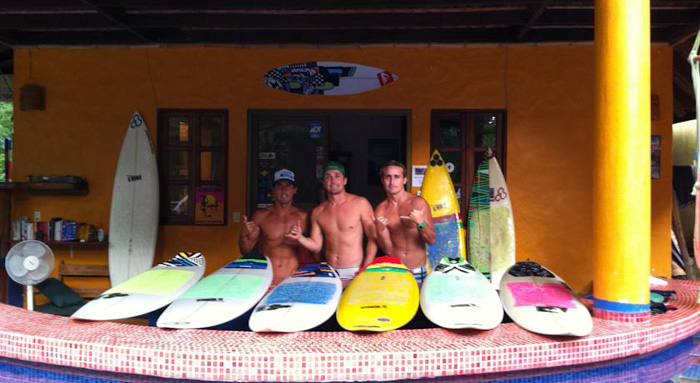 Hotel El Manglar, accommodations and surfing in Tamarindo Area