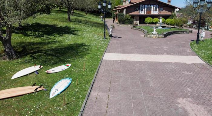 Moana surf hostel alojamientos y surf en sopelana - Piscinas de sopelana ...