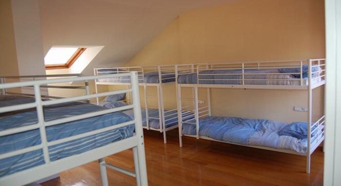 Las dunas hostel accommodations and surfing in playa de salinas - Hoteles en salinas asturias ...