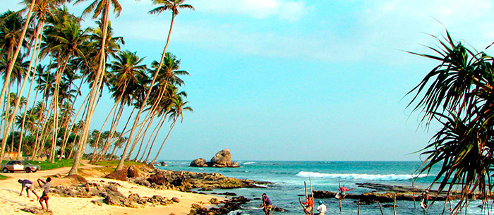 Travelnsurf Com Surfing In South East Coast Sri Lanka Asia Surf