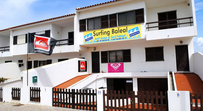 Surfing Baleal - Surf Camp and Surf School