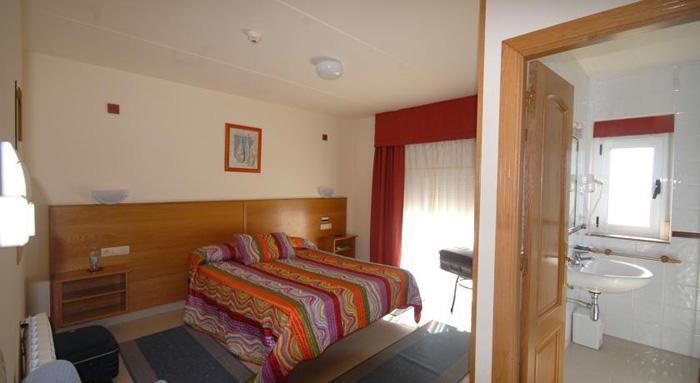 Hotel Valdoviño Express